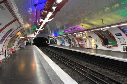 Metrobahnhof Ourcq