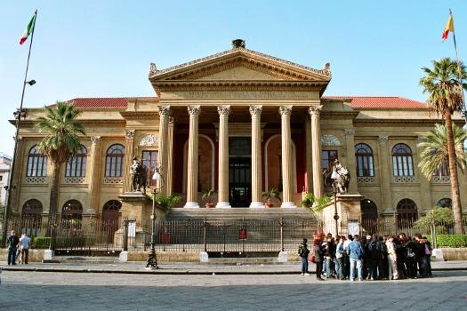Teatro Massimo(photographer: Bernhard J. Scheuvens)