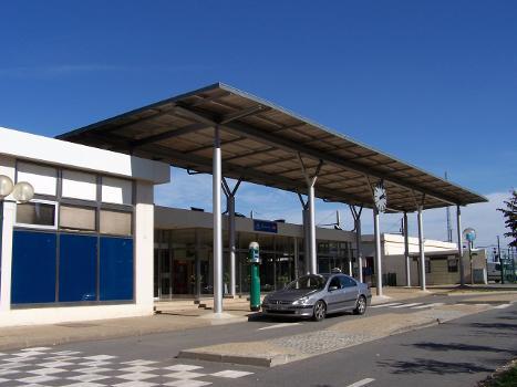 Plaisir - Grignon Station