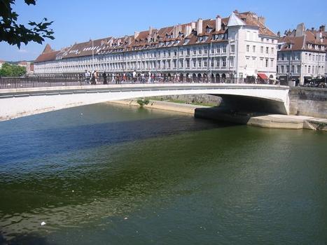Pont Battant