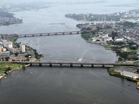 Félix-Houphouët-Boigny-Brücke