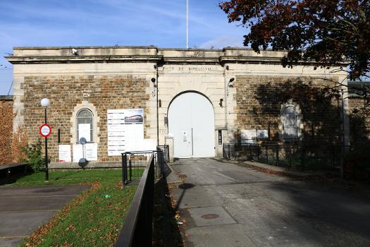 Porte du fort de Romainville