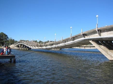 Puente de la Barra de Maldonado