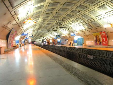 Gare Magenta