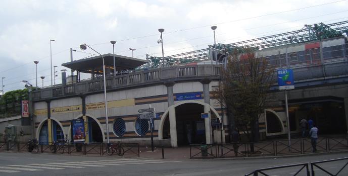 Bahnhof La Courneuve - Aubervilliers