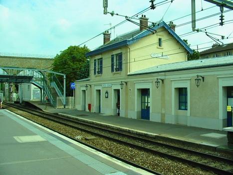 Bahnhof Arcueil - Cachan (Fotograf: ArséniureDeGallium)
