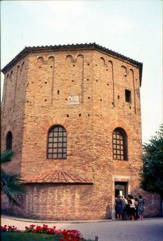 Baptistère Néonien - Ravenne