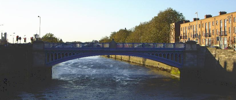 Rory O'More Bridge(photographer: Jnestorius)