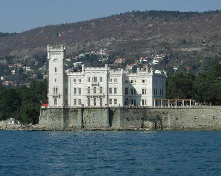 Miramare Castle(photographer: Walwegs)