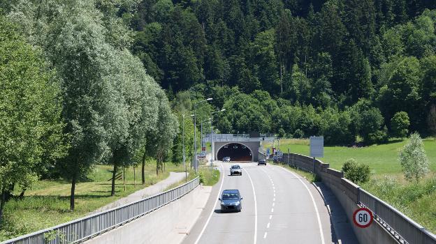 Tunnelportal West des Achraintunnels in der Gemeinde Dornbirn, Vorarlberg