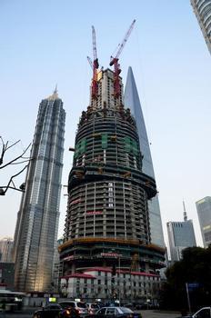 Shanghai Tower im Bau
