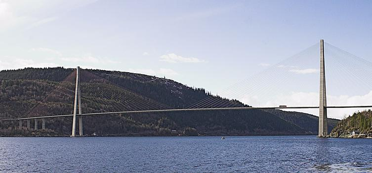 Skarnsundet Bridge