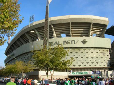 Manuel Ruiz de Lopera-Stadion