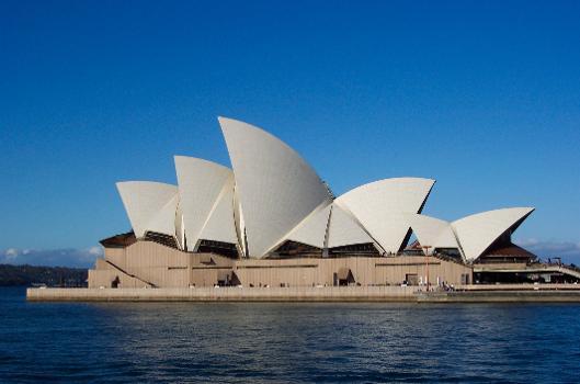 Sydney - Opera House (photographer: Enoch Lau)