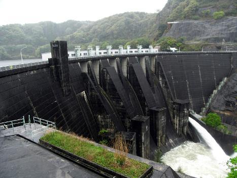 Takayama Dam : Nabarigawa river, Kyoto prefecture