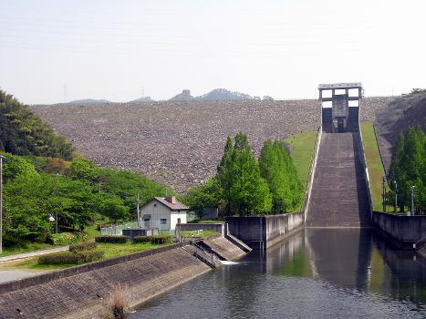 Terauchi Dam
