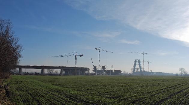 The bridge over the river Vistula (under construction), Expressway