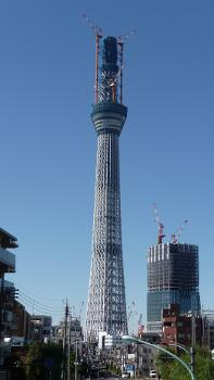 Tokyo Sky Tree under construction at a height of 497 m. Assembly of the main tower section was completed on 23 October 2010. The gain antenna will then be raised, taking the height to 634 m. Initial assembly of the supports for the 2nd observatory started on 27 October 2010