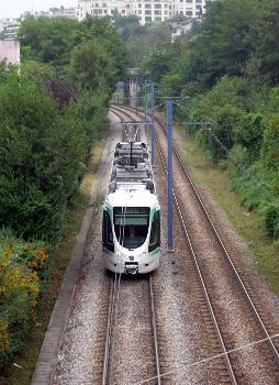 Paris - T2 Tramway Line (photographer: Remi Jouan)