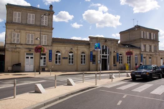 Bahnhof Villiers-le-Bel - Gonesse - Arnouville