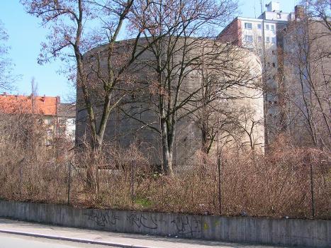 Large test mass in Berlin