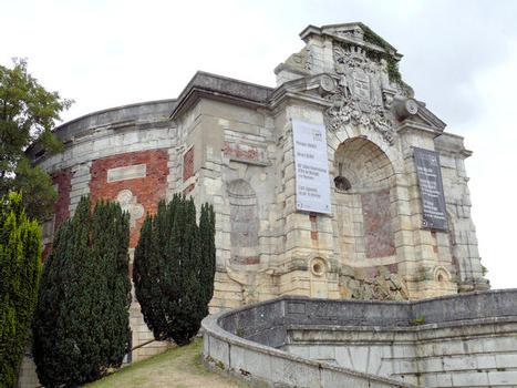 Place Séraucourt Water Tower