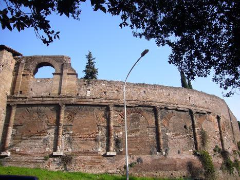Amphithéâtre Castrense - Rome