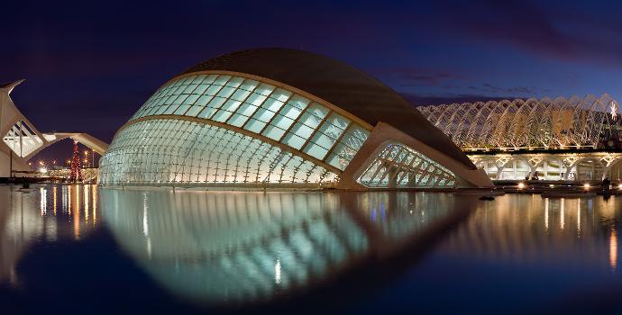 Valence - Hemispheric (photographe: Diliff)