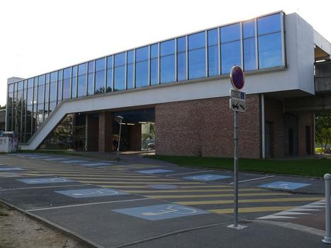 Metrobahnhof Cité scientifique - Professeur Gabillard