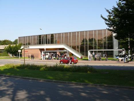 Metrobahnhof Quatre Cantons - Grand Stade