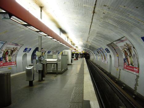 Station de métro Château de Vincennes - Paris (Ligne1)