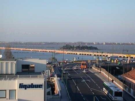 Ponte della Libertà (photographer: Gvf)