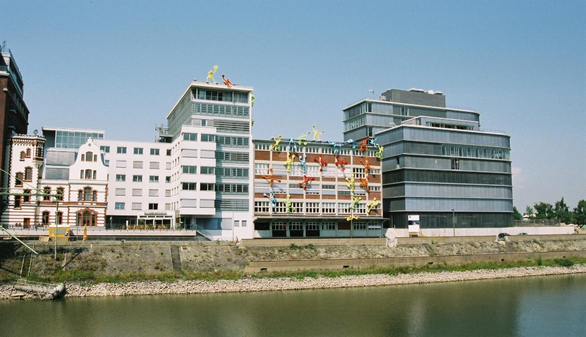 Medienhafen, Düsseldorf – Bâtiments sur la Speditionsstrasse