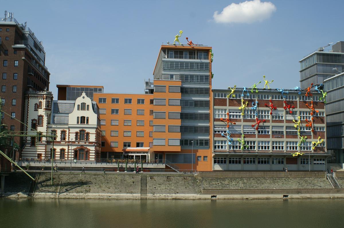 Dock 13 & Roggendorf-Speichergebäude, Medienhafen, Düsseldorf