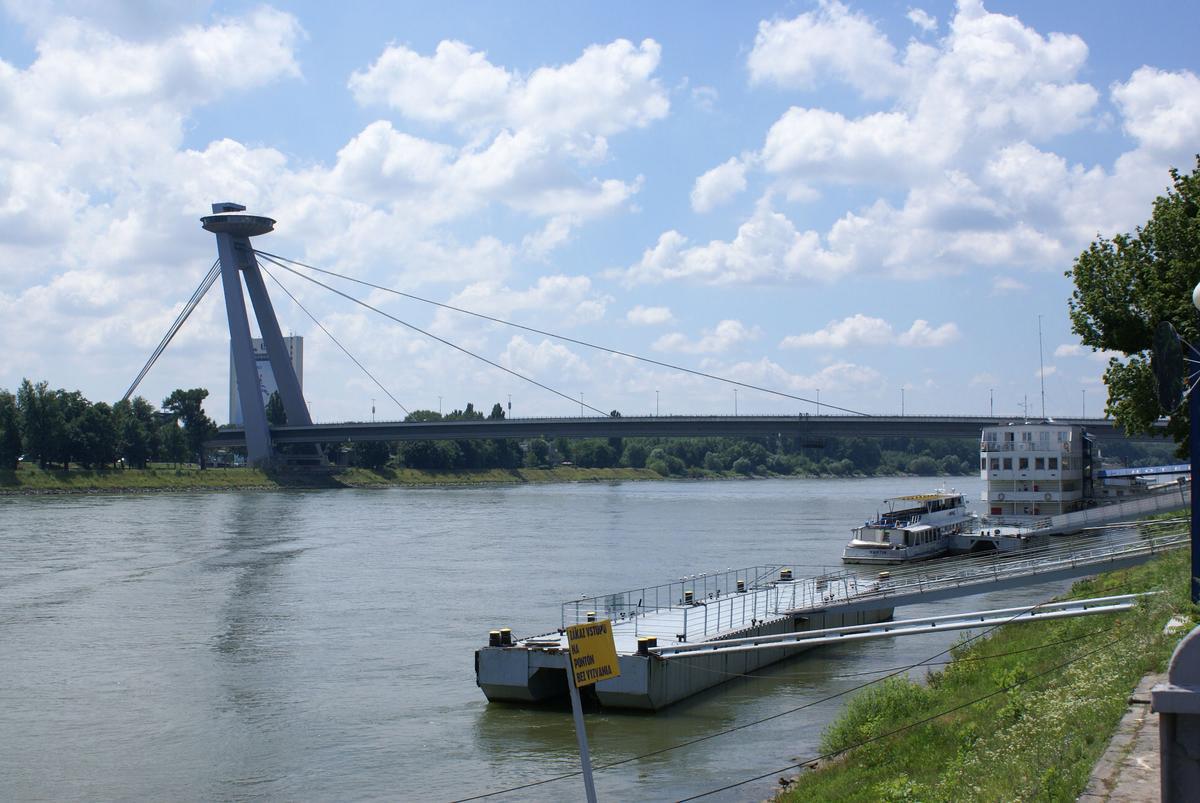Nový most, Bratislava
