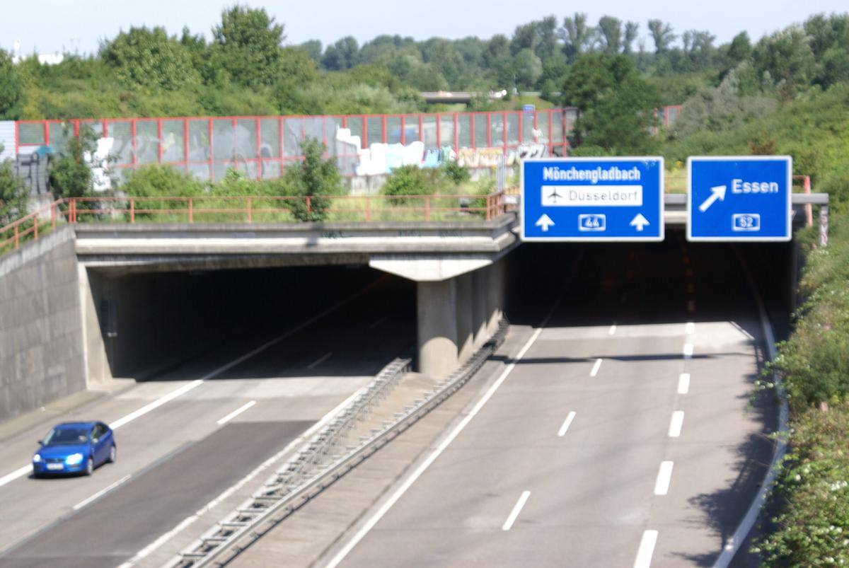 A 44, Düsseldorf-Lichtenbroich - Tunnel de Volkardey