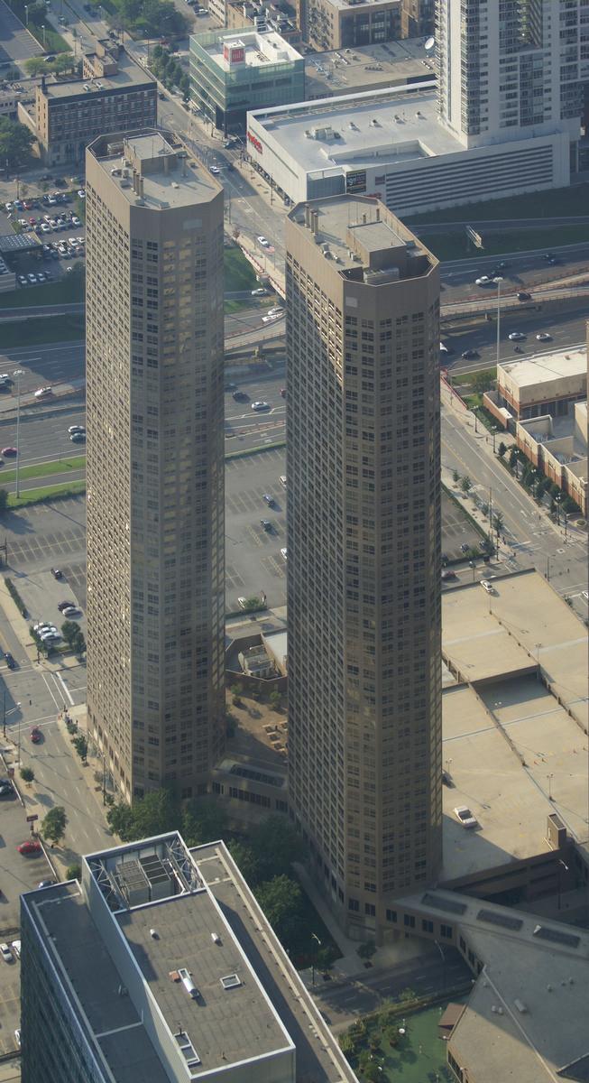 Presidential Towers IV & Presidential Towers III
