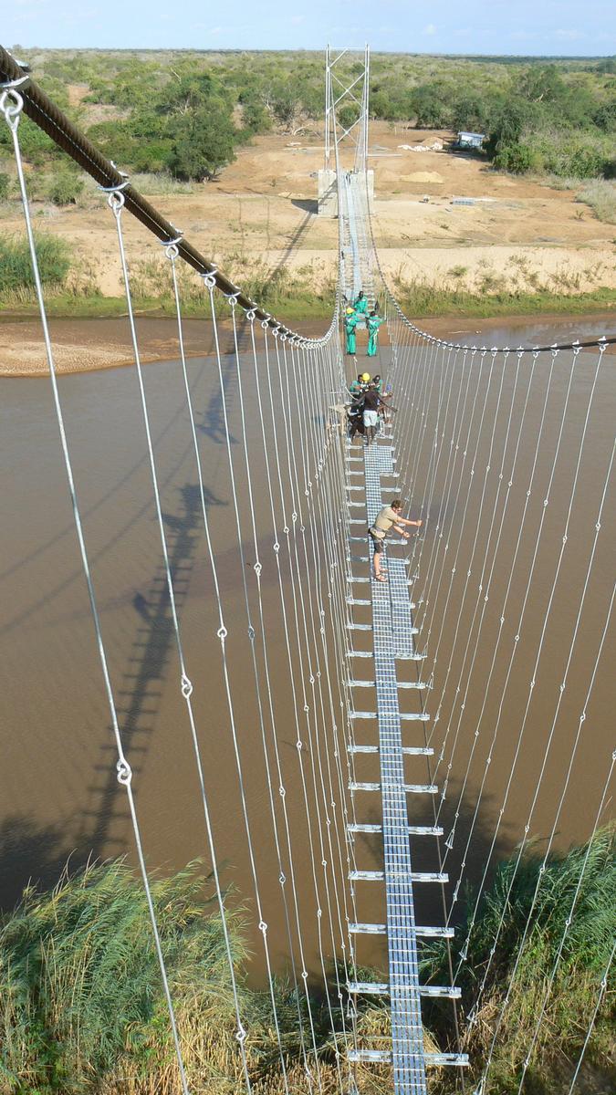 Bombi Bridge