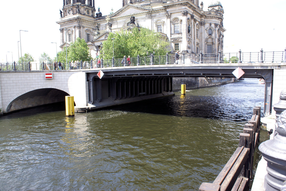 Liebknecht Bridge