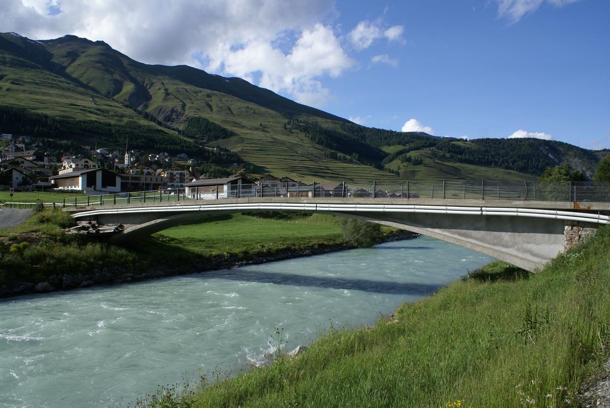 Innbrücke in Zuoz