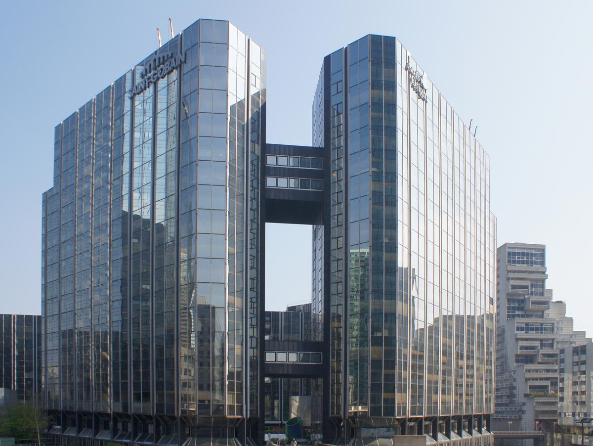 Immeuble les miroirs paris la d fense courbevoie 1981 for Saint gobain les miroirs