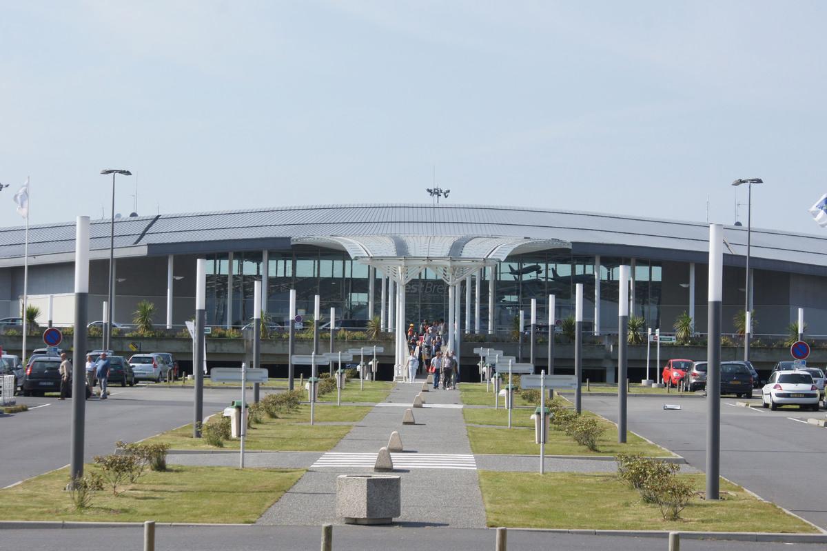 Аэропорт Брест (Brest Airport).1