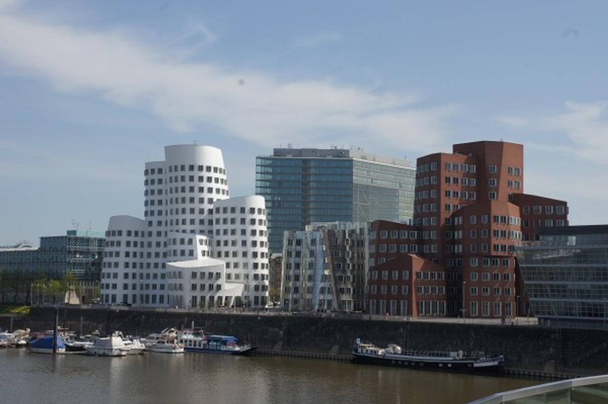 New Zollhof – Medienhafen Düsseldorf
