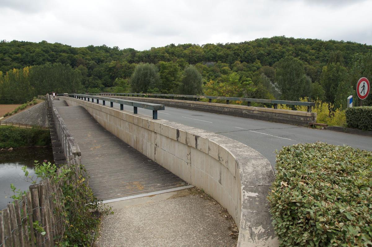 Pont des Eyzies-de-Tayac-Sireuil