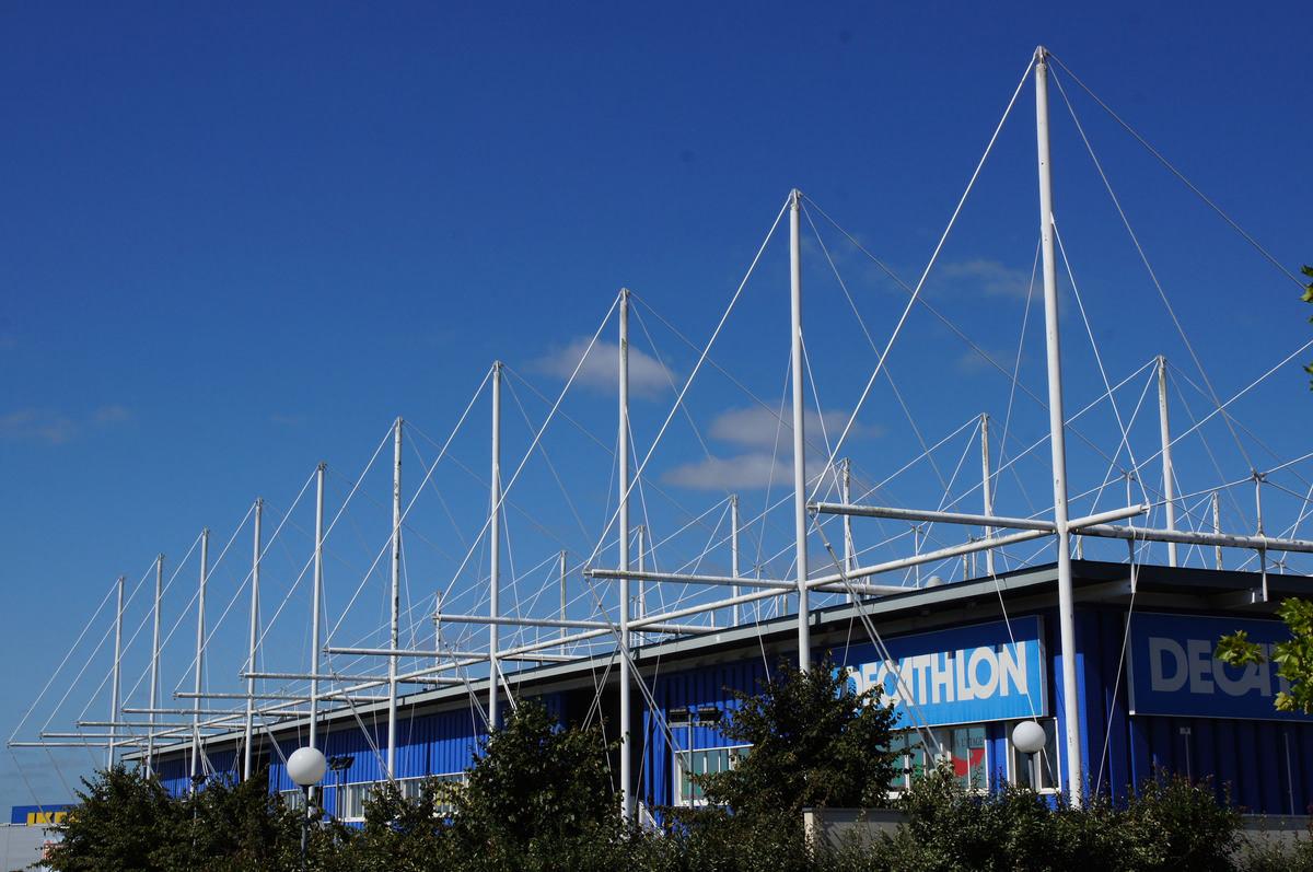 UGC Ciné Cité Atlantis / Décathlon