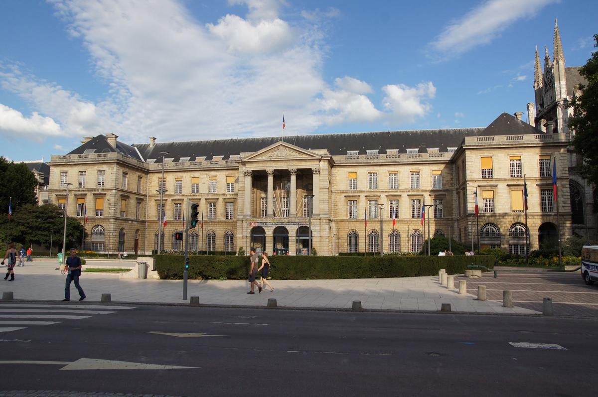 Hotel De Ville De Rouen Etat Civil