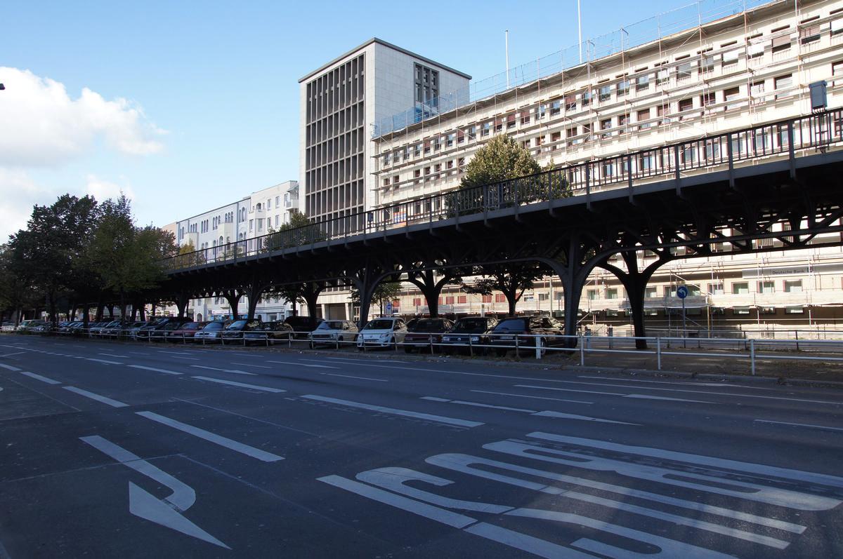 Hochbahnviadukt Bülowstraße (II)