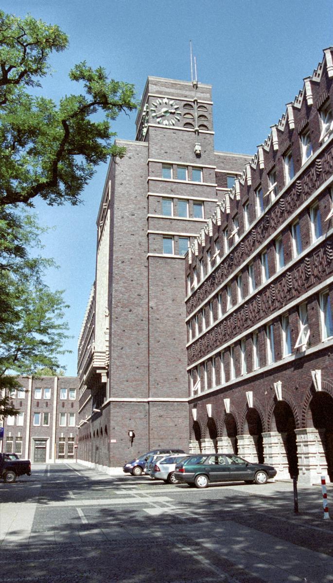 Oberhausen City Hall (Oberhausen, 1930)