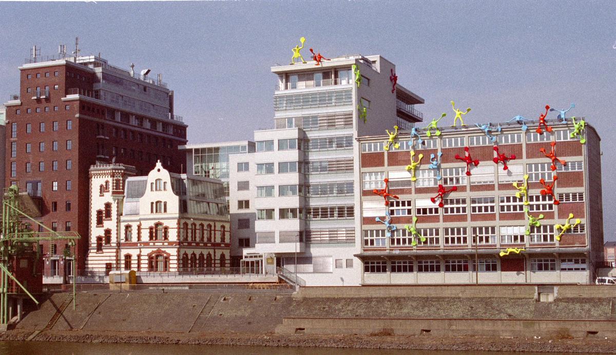 Medienhafen, Düsseldorf – Dock 13 - Roggendorf Speichergebäude