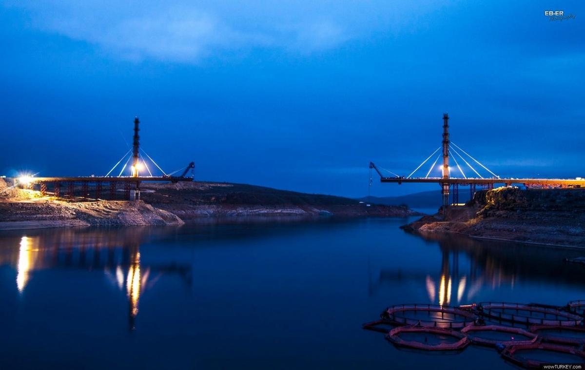 Schrägseilbrücke Ağın
